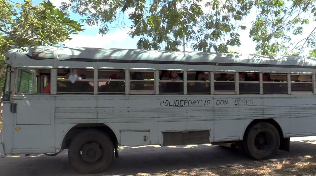 Bus de la Esperanza y Educación