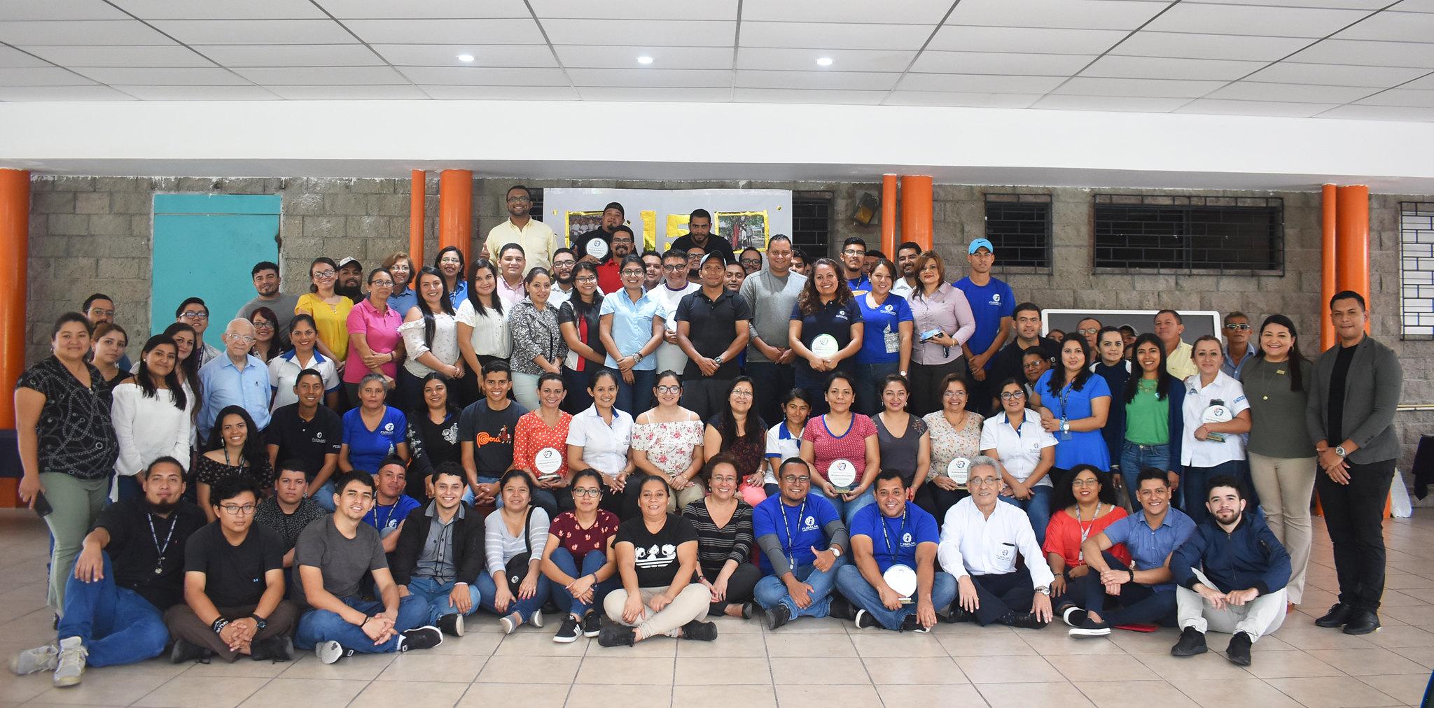 19 años al servicio de la niñez y juventud de El Salvador