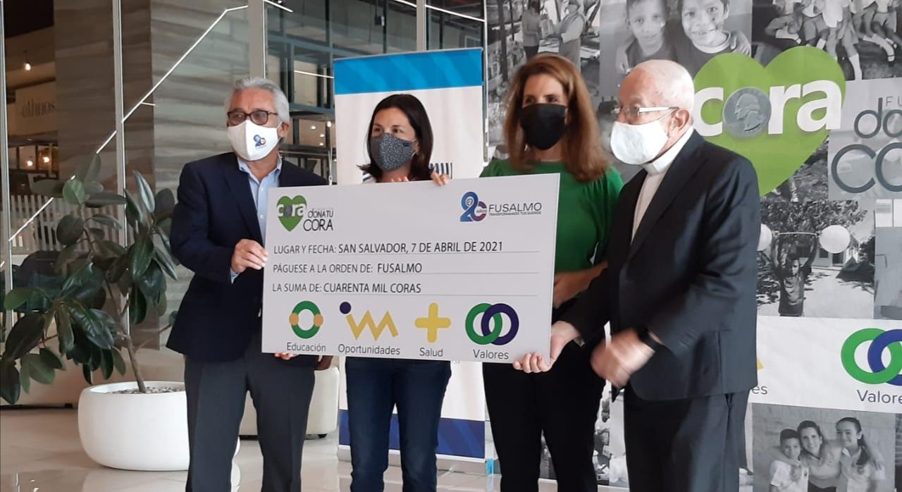 Donación de 40,000 coras por Fundación Dona tu Cora